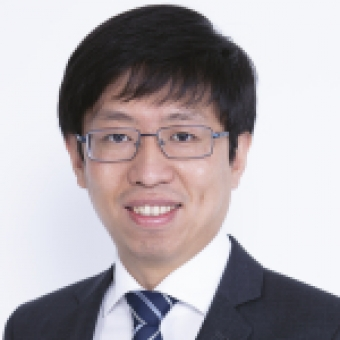 portrait picture of Dr Ang Liu